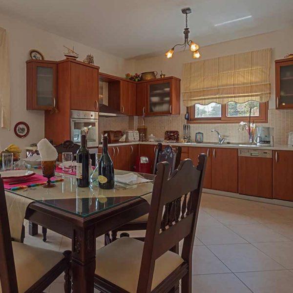 triopetra-kitchen